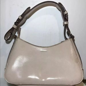 Mondani New York Women Bag Beige Zip Closure Small